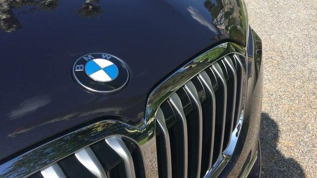 BMW X7 : le tour du grand SUV en vidéo