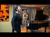 """Ria Hall (NZ) """"Barely Know"""" Live on The AU Sessions"""
