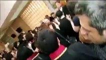 Avukatın etek boyunu kısa bulan hakime duruşma salonu önünde avukatlardan tepki