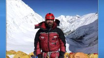 """Veteran climber says """"it's been an especially bad year"""" on Mount Everest"""