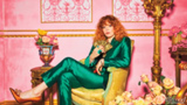 """'Russian Doll' Star Natasha Lyonne Talks Making Her Way Back Into Hollywood, How Jokes """"Relive Suffering""""   Comedy Actress Roundtable"""