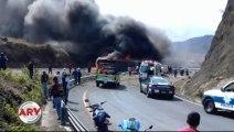 México: al menos 20 muertos en un accidente entre un colectivo y un camión