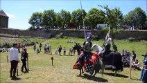 Des combats de chevaliers à la forteresse de Berzé-le-Châtel