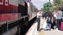 Erzincan'da bayram dolayısıyla trenlerdeki doluluk oranı yüzde yüze ulaştı