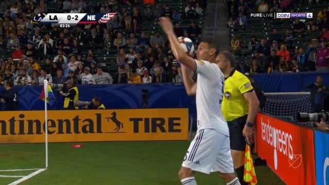 Los Angeles Galaxy [1]-2 New England Revolution - Zlatan Ibrahimovic bicycle kick goal