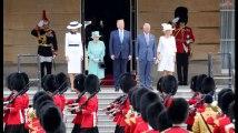 Donald et Melania Trump accueillis à Buckingham Palace par la Reine et le prince Charles