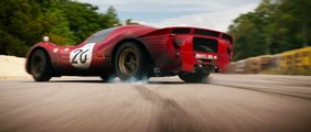 Damon y Bale se enfrentan a Ferrari en el tráiler de 'Le Mans 66'