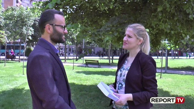 Report TV -Libri /Shqiptari rrëfen udhëtimin e tij, si klandestin me gomone në Itali