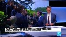 """""""Jouer ensemble"""": Macron passe ses consignes aux Bleues à Clairefontaine"""