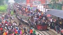 Des trains pris d'assaut au Bangladesh