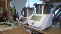 """""""Thermomix"""" ou """"Monsieur Cuisine"""" ? Ce chef a testé les deux robots de cuisine, il nous livre son verdict"""