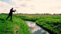 Comment traverser un canal avec une perche (Pays-Bas)