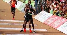 Cet athlète kenyan sacrifie sa course quelques mètres avant l'arrivée pour venir en aide à un coureur au sol