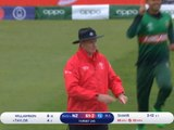 Williamson benefits from shocking missed run out