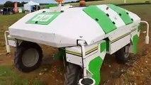 Dino, le robot désherbant en test chez Dijon Céréales