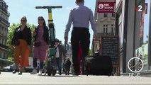 Paris : les trottinettes électriques interdites sur les trottoirs