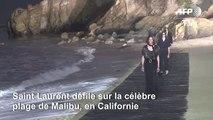 Saint Laurent présente ses modèles à Malibu