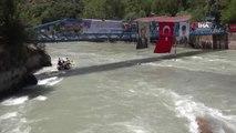 - Dünya Rafting Şampiyonası heyecanı antrenmanla başladı- Dünya Rafting Federasyonu Başkanı Danilo...