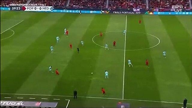 Portugal 1-0 Netherlands - Guedes goal