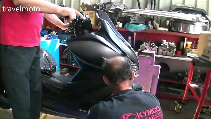 unboxing KYMCO xciting 400cc – scooter KYMCO Μαργαρίτης
