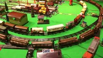 Tinplate Train - Lionel and Bing and Marklin Model Trains - Toy Trains in O Scale - Pilentum Television - Model Railroading and Railway Modelling