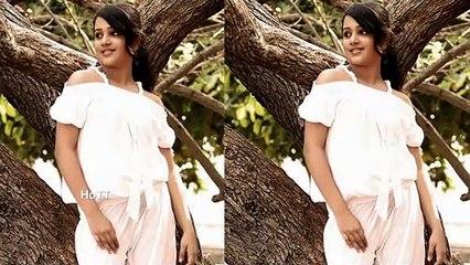 Samskruthy Shenoy Photoshoot Malayalam Actress