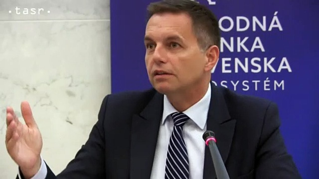"""NBS - Peter Kažimír - """"Počasie sa mení, vyrovnaný rozpočet bez dodatočných opatrení nemusí byť naplnený"""""""