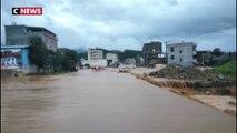 Des inondations ravagent l'est et le sud de la Chine
