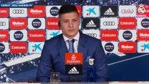 """Luka Jovic : """"Karim Benzema est l'un des meilleurs attaquants du monde"""""""