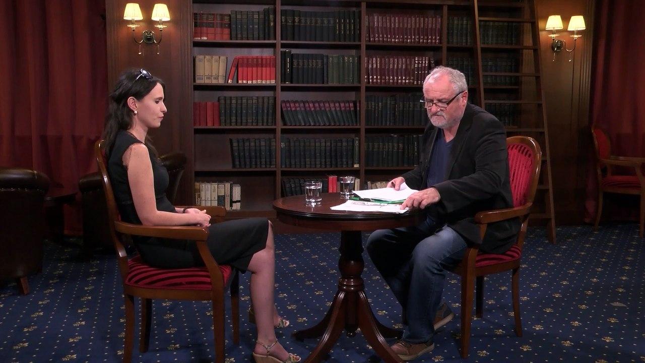 KAVIAREŇ NA PATRÓNKE: S novinárkou Soňou Gyarfašovou o dvoch totalitných režimoch – fašistickom a komunistickom