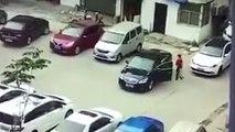 Reife Leistung: Autofahrerin baut zwei Unfälle innerhalb von Sekunden