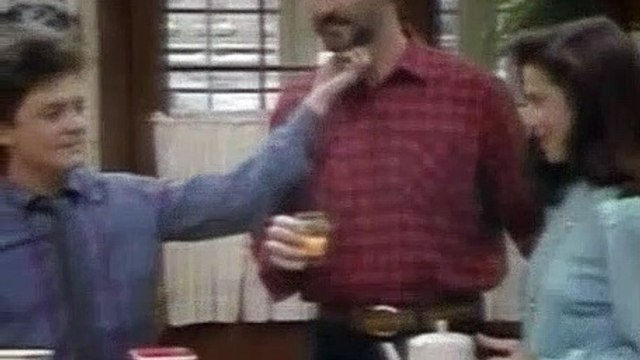 Family Ties Season 6 Episode 19 The Spirit Of Columbus-1