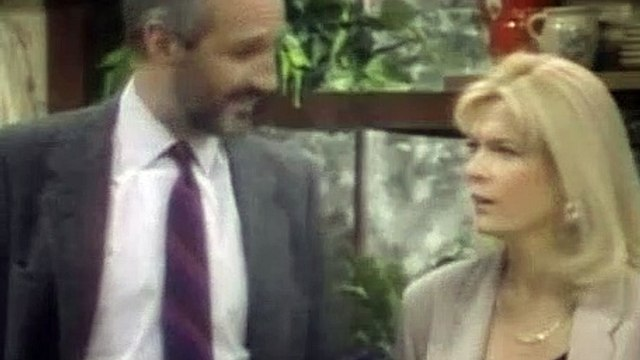 Family Ties Season 6 Episode 21 Read It And Weep (Part1)-1