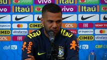 Dani Alves jokes about drinking habits during press conference