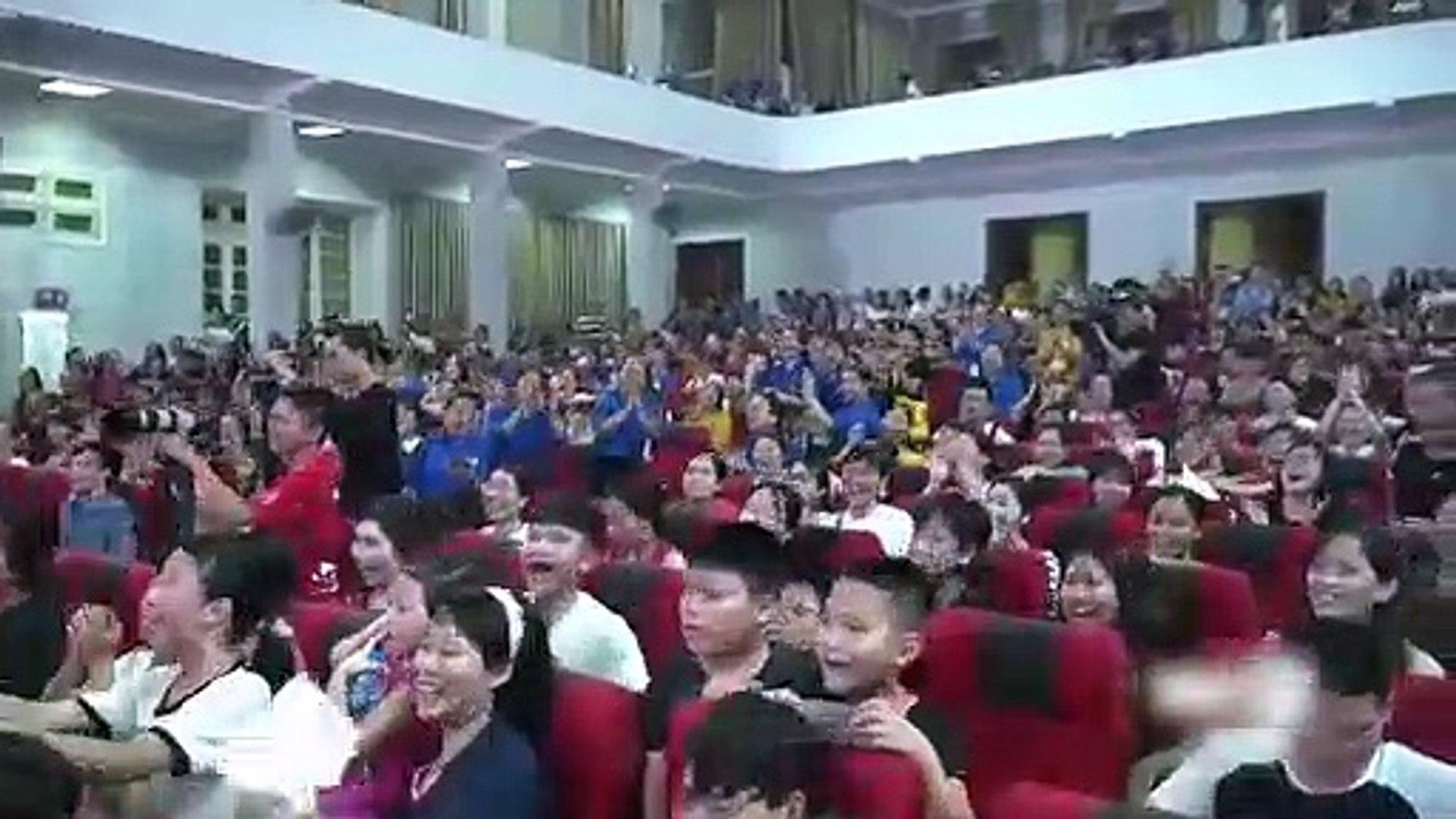 Quốc Trường hoá thân thành Khải vũ phu