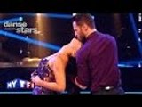 "Un American Smooth pour Elisa Tovati et Christian Millette sur ""Be My Baby"" (The Ronette)"