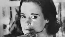 Celebrated fashion designer Gloria Vanderbilt dead at 95