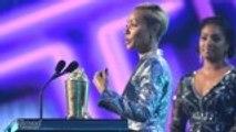 Jada Pinkett Smith Honored With Trailblazer Award at 2019 MTV Movie & TV Awards | THR News