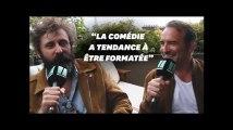 """Avec """"Le Daim"""", Jean Dujardin et Quentin Dupieux revisitent la comédie"""