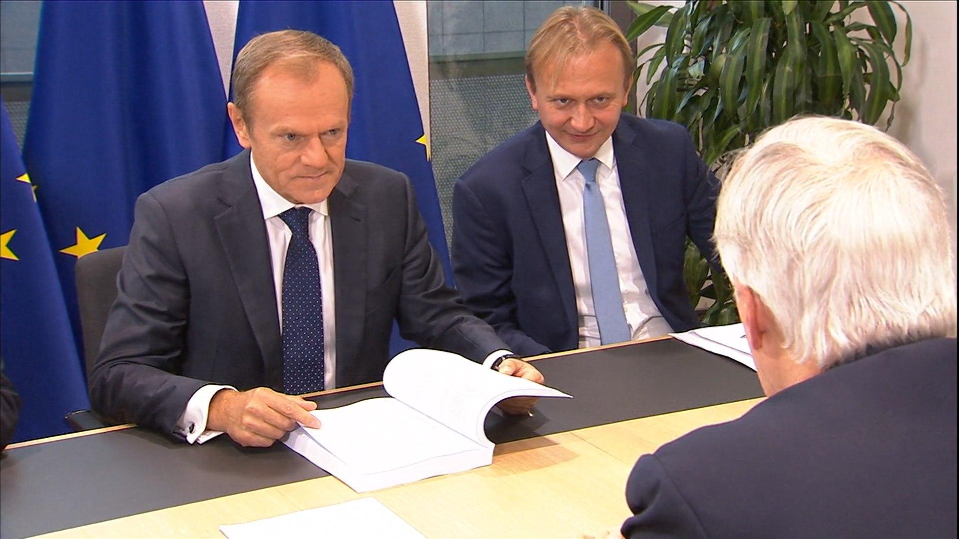 Reunión de Tusk con Barnier para las negociaciones del Brexit