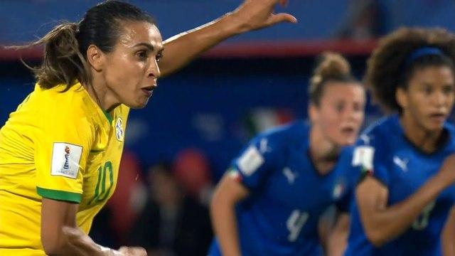 Marta bate recorde e garante Brasil nas oitavas do Mundial feminino
