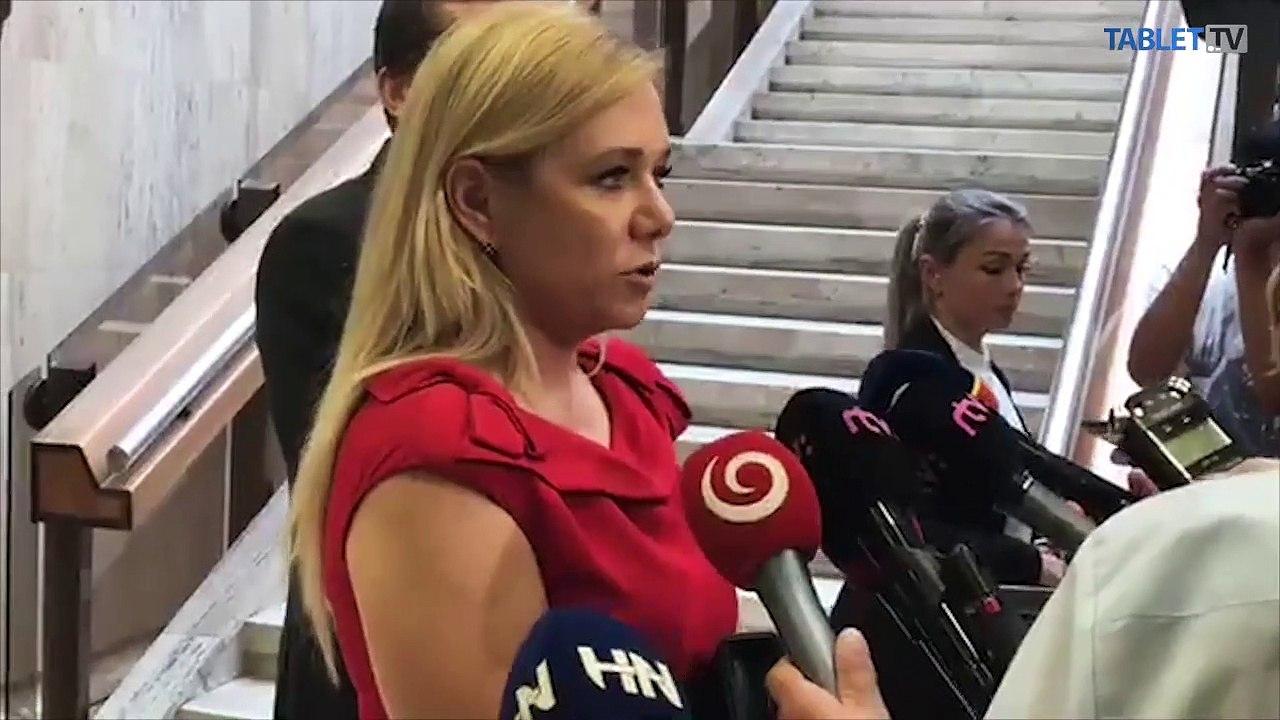 ZÁZNAM: Brífing ministerky vnútra D. Sakovej