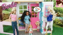 Disney Moana Moves into Barbies Apartment Tour - Barbie Two Story House