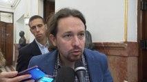 Pablo Iglesias a Casado: Enseñar el TFM es decir 'Viva el Rey'