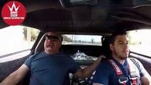 Il emmène son père en voiture de course à fond les pédales