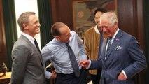 Le prince Charles se rend sur le tournage de Bond 25