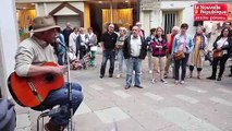 VIDEO. Poitiers : de la musique entre les gouttes d'eau