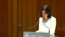 """Carmen Montón defiende el carácter """"universal, público y equitativo"""" de la Sanidad en su toma de posesión"""