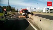 Un coche se chocha contra la mediana de una carretera de Leganés dejando tres heridos
