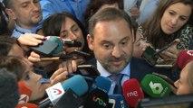 Ábalos asegura que el PSOE sigue manteniendo su hoja de ruta
